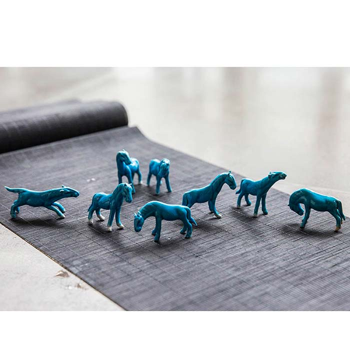 80s Antique Blue Horse Teapets