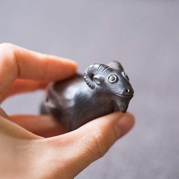 zodiac-jianshui-purple-clay-whistle-teapet-4