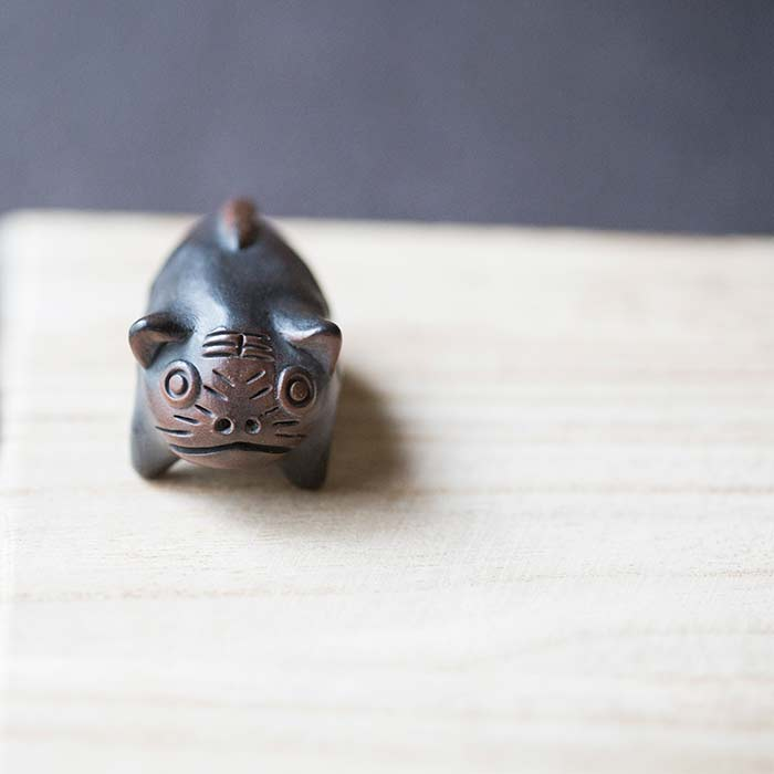 zodiac-jianshui-purple-clay-whistle-teapet-6