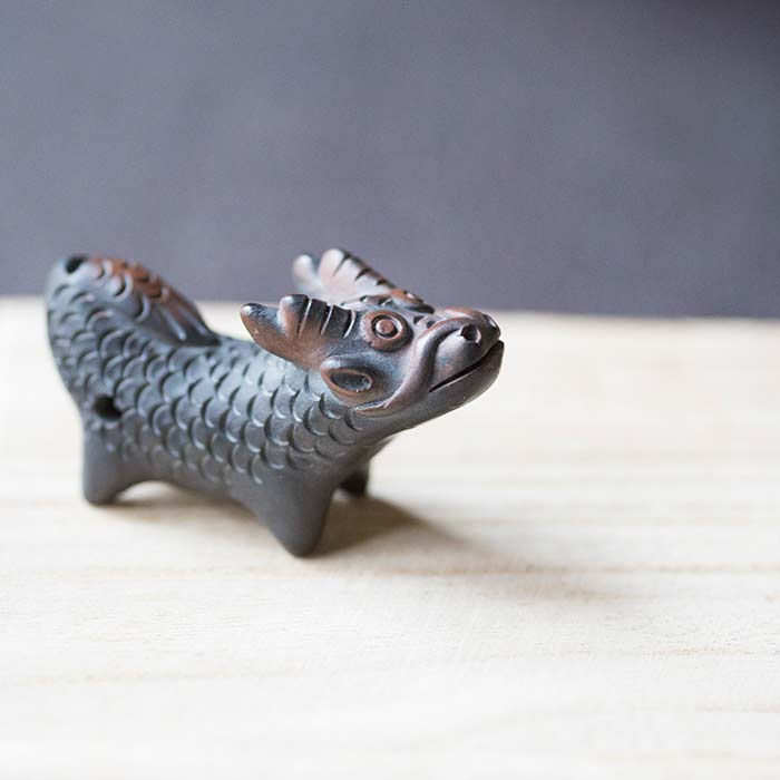 zodiac-jianshui-purple-clay-whistle-teapet-9