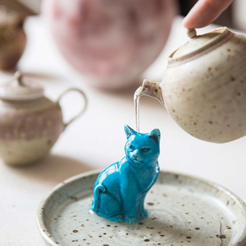 jing-de-zhen-blue-cat-ceramic-teapet-8
