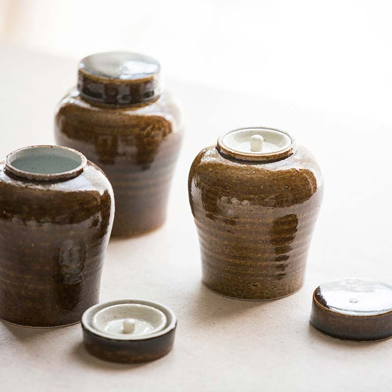 brown-tea-jars-4
