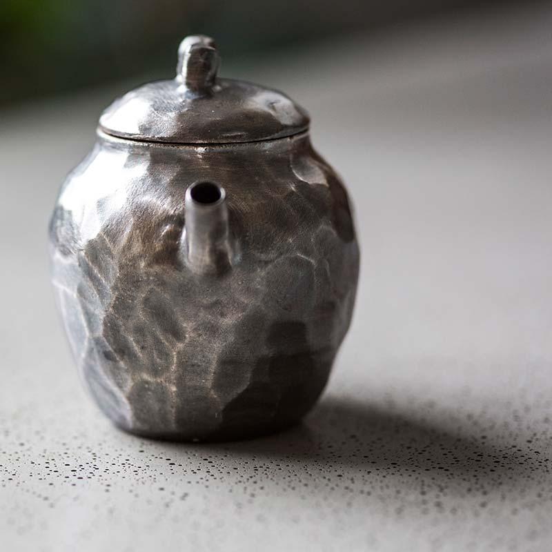 knight-silver-glaze-teapot-4