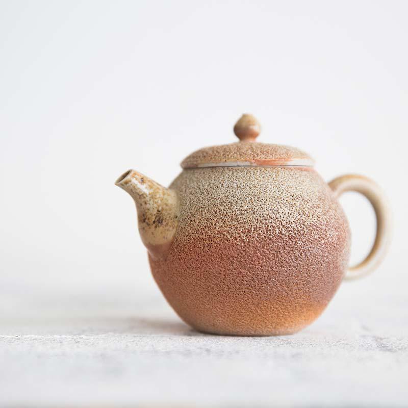basalt-wood-fired-teapot-10