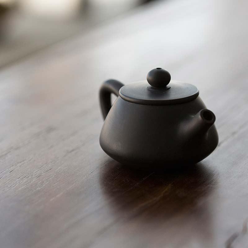 jianshui-zitao-shipiao-black-teapot-11-18-1