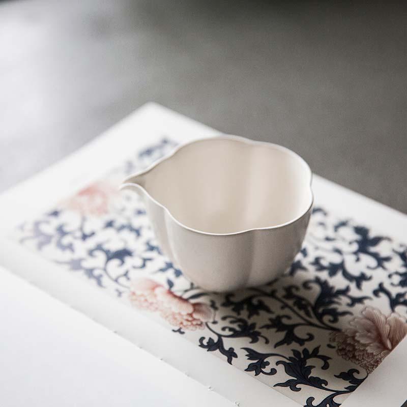 plum-beauty-gong-dao-bei-1