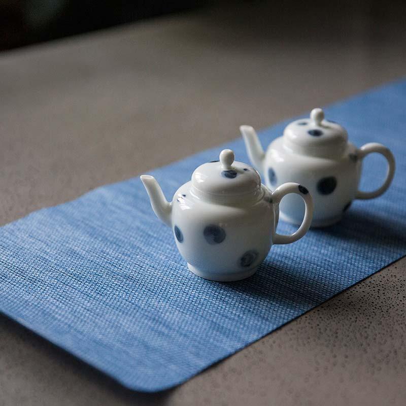 yayoi-porcelain-teapot-11