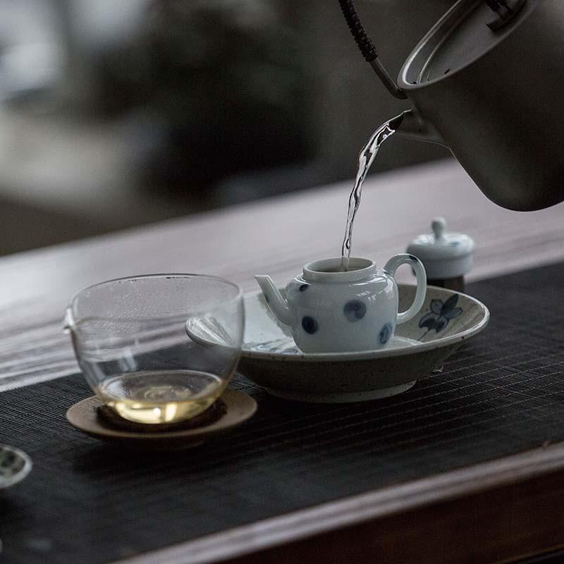 yayoi-porcelain-teapot-8