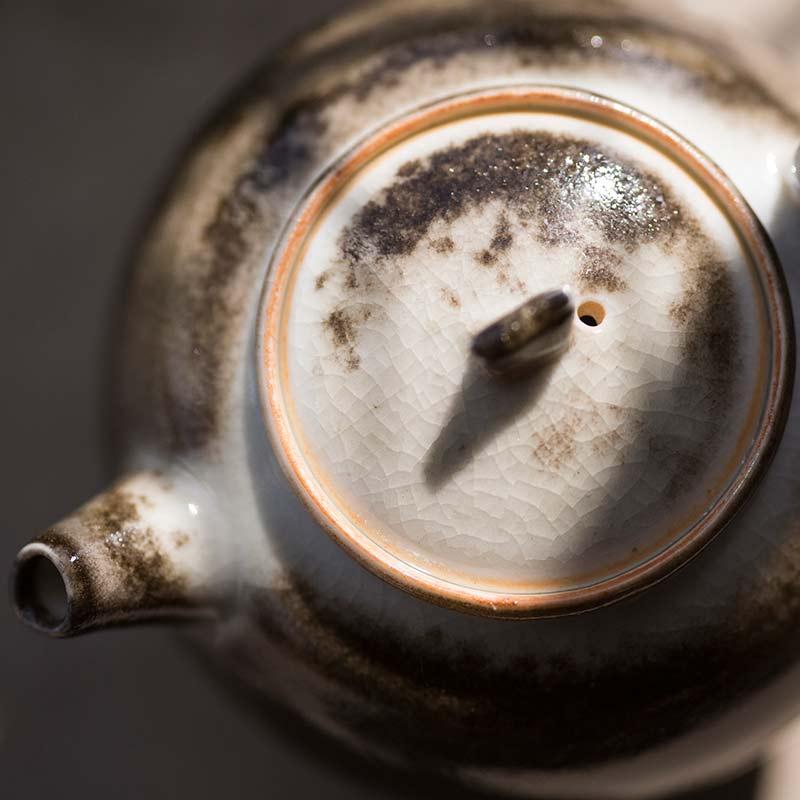light-shadow-shino-glaze-teapot-3