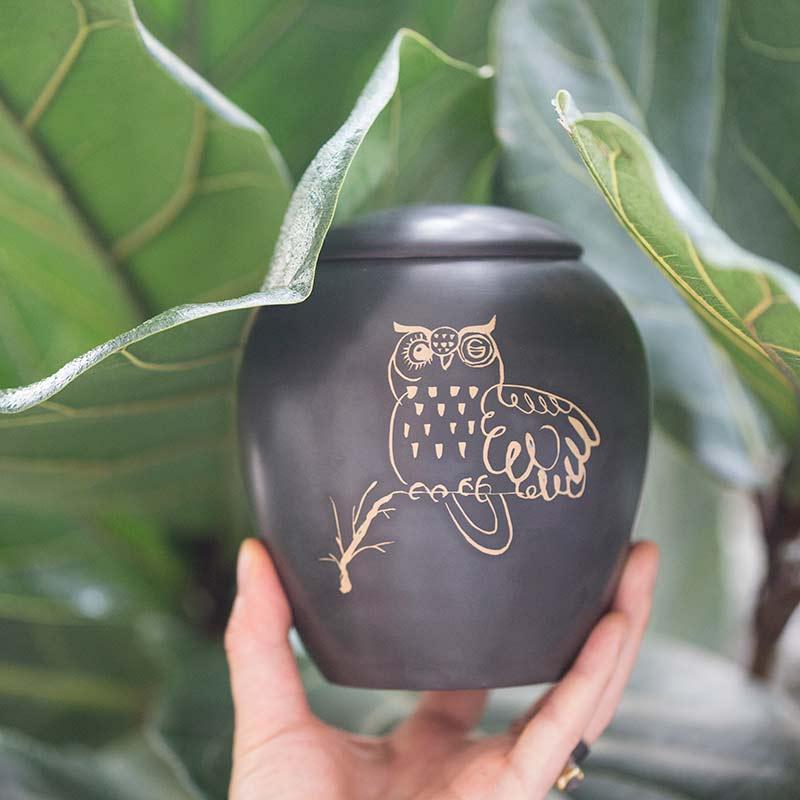 nocturne-owl-jianshui-zitao-tea-jar-4
