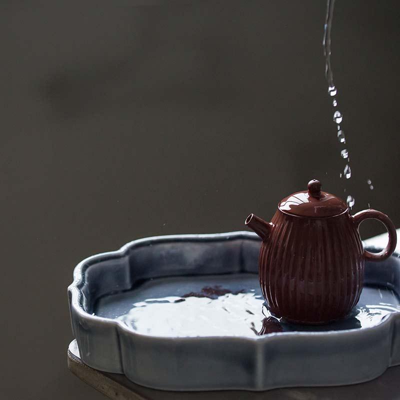 1001 Tea Trays