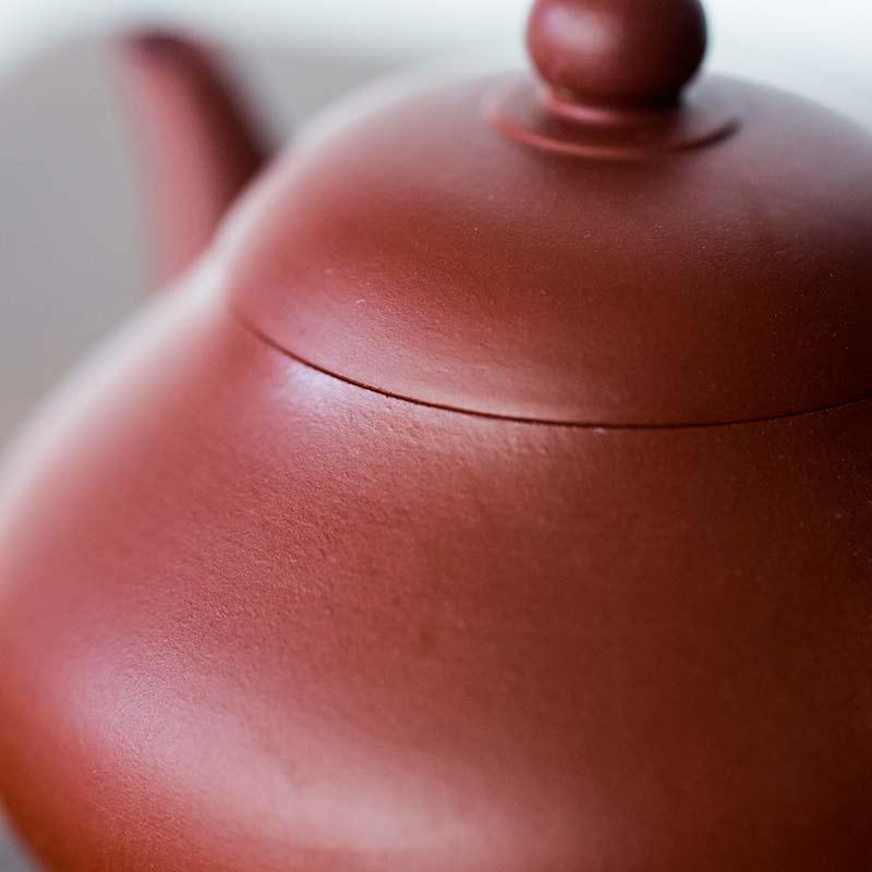 pear-chaozhou-da-hong-pao-clay-teapot-2