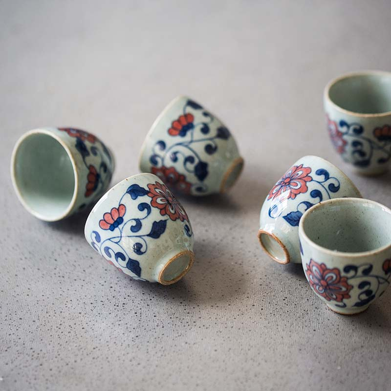 Qinghua Hand Painted Teacup (Bloom)