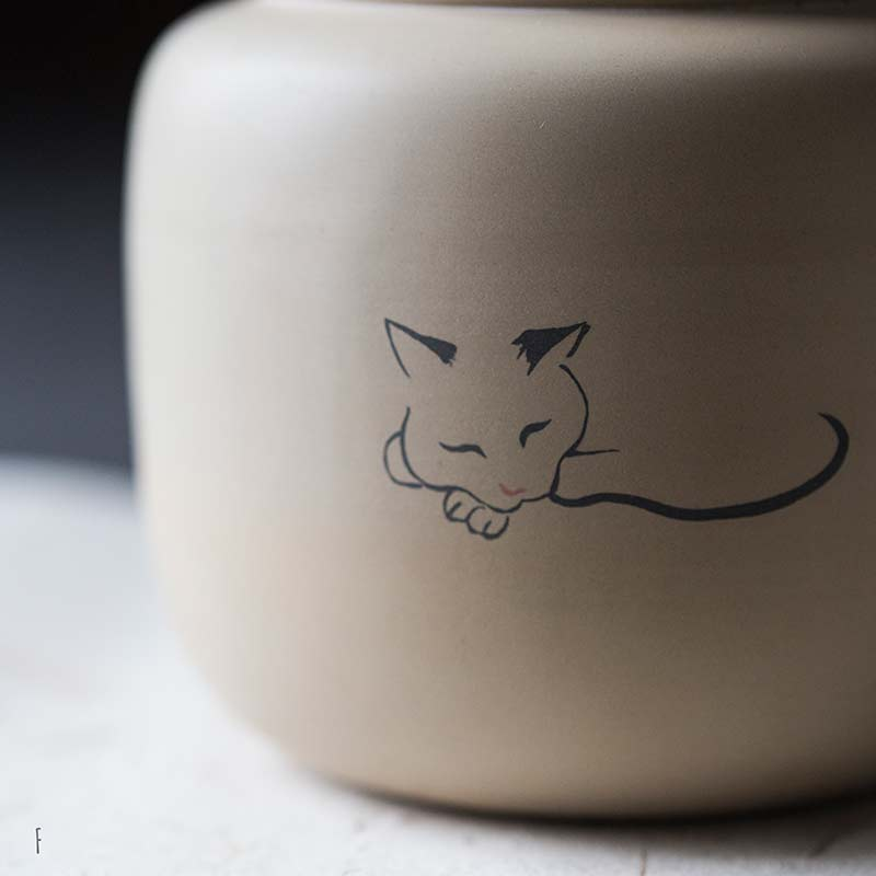 jianshui-zitao-cat-tea-jar-12