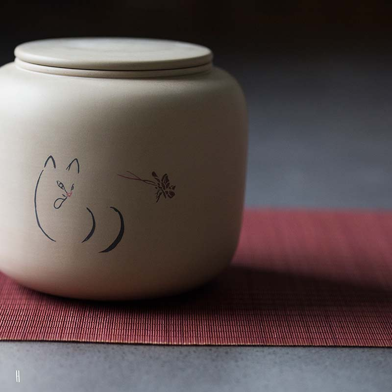 jianshui-zitao-cat-tea-jar-15