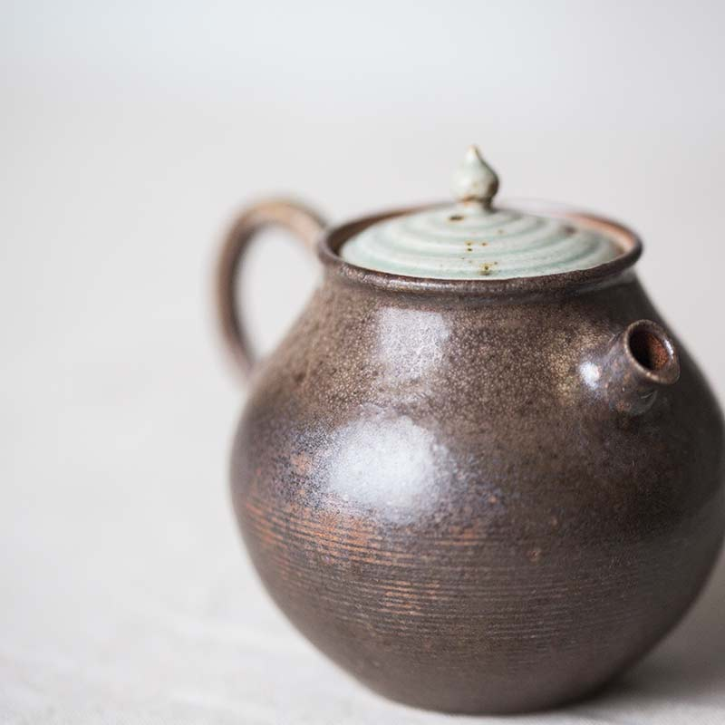 1001-teapot-120-05