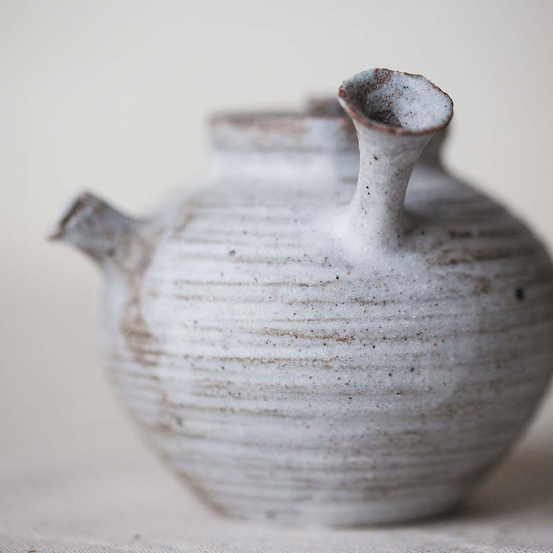 1001-teapot-132-04