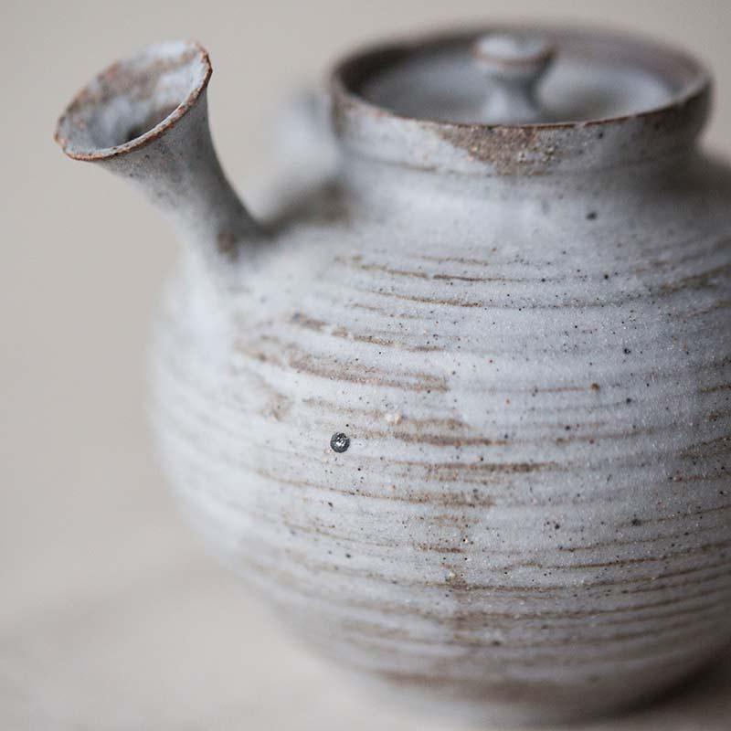 1001-teapot-132-05