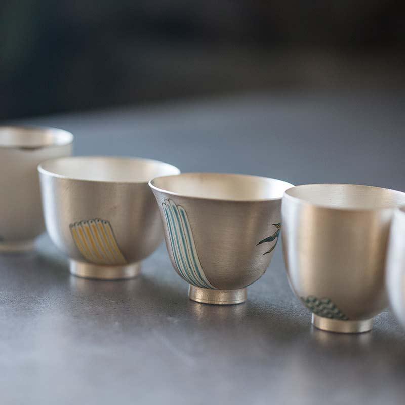 of-a-feather-bird-teacup-silver-32