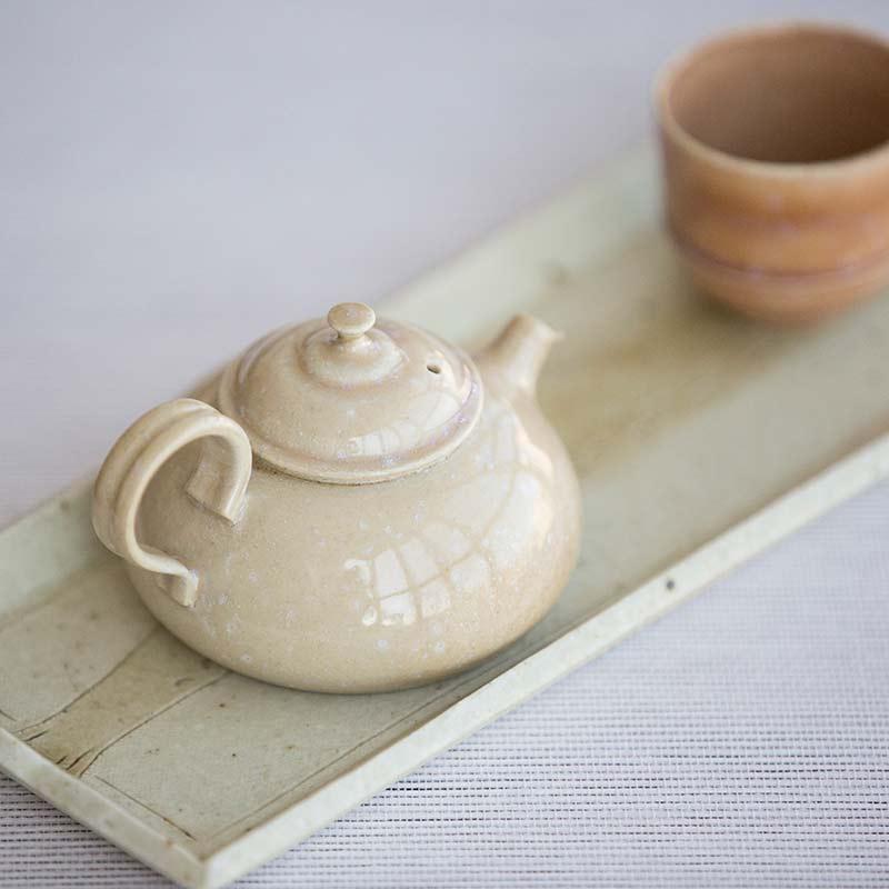 1001-teapot-148-03