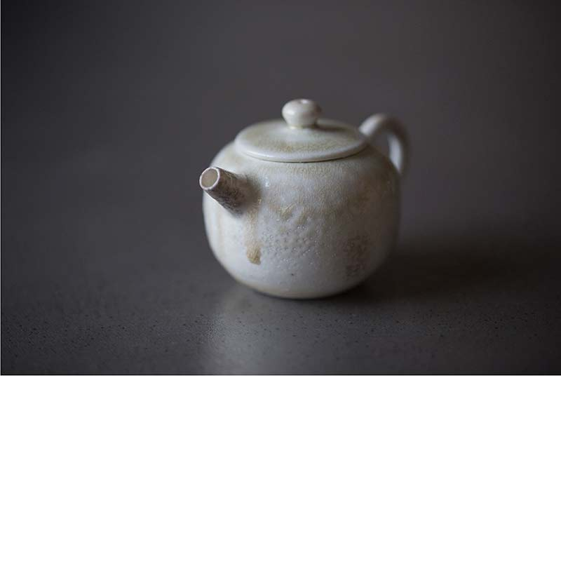 sublime-wood-fired-teapot-pearl-01