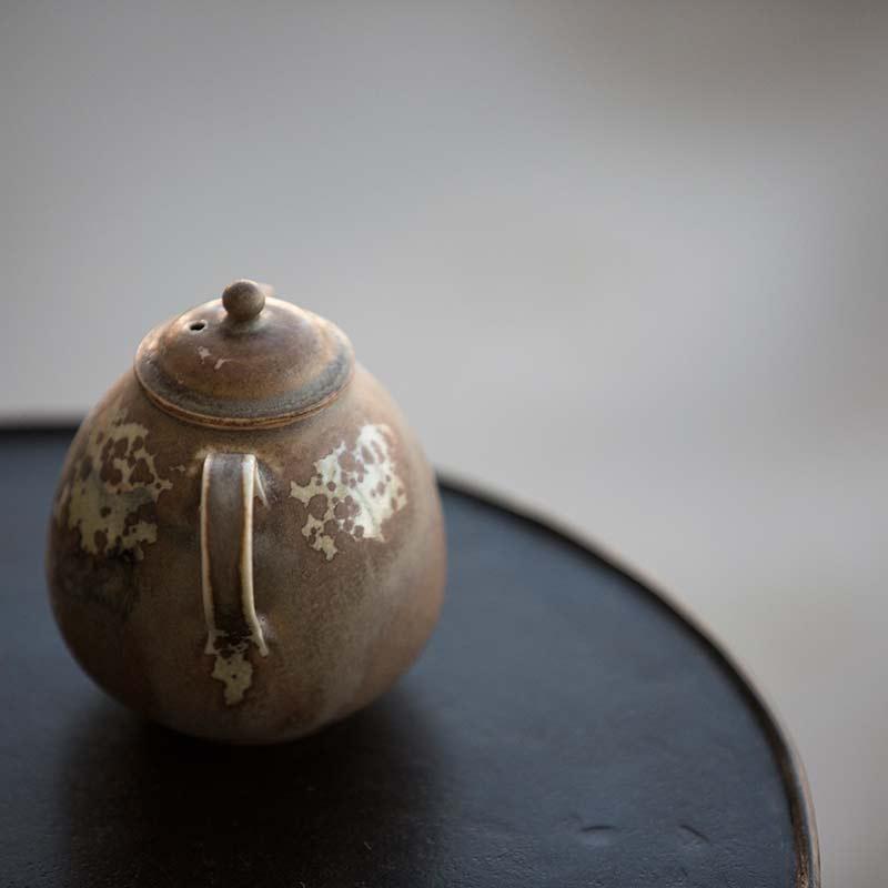 1001-reverie-teapot-2-02
