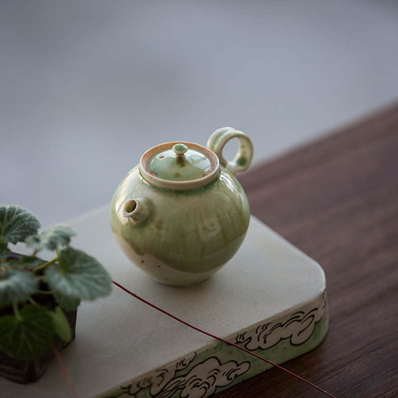1001-teapot-167-04