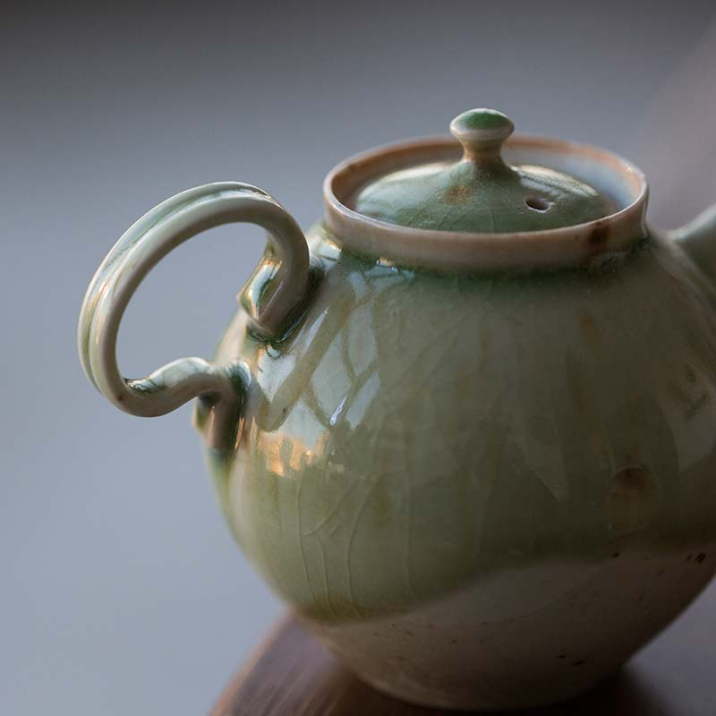 1001-teapot-167-06