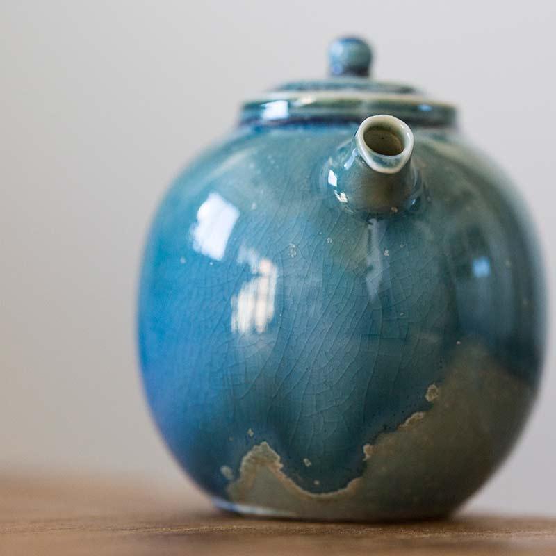 1001-teapots-163-02