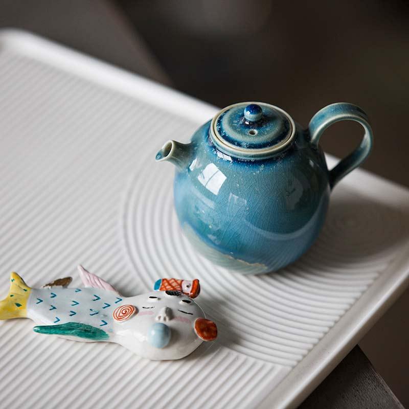 1001-teapots-163-05