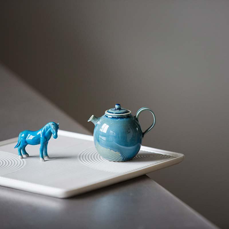 1001-teapots-163-06