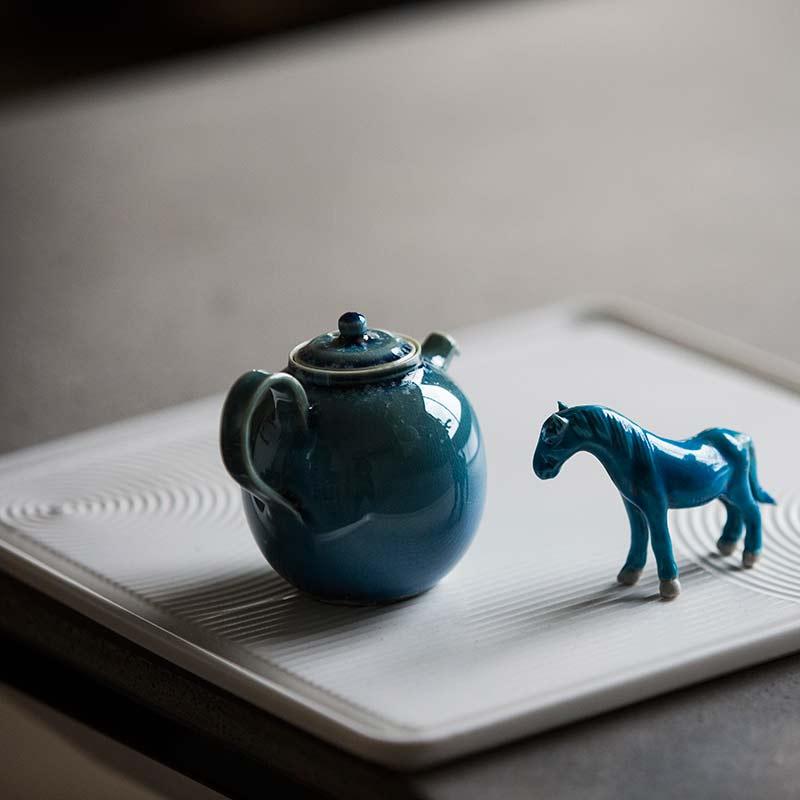 1001-teapots-163-08
