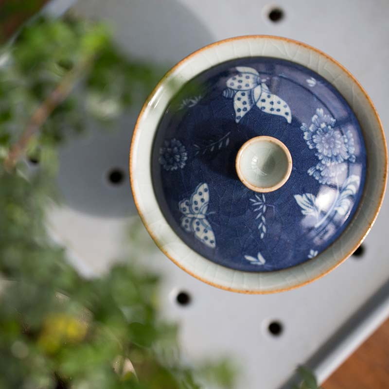blue-wings-qinghua-handpainted-gaiwan-10