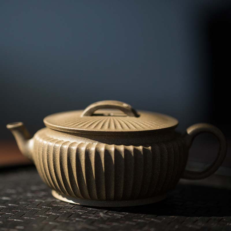 Broad Sculpted Yixing Duanni Teapot