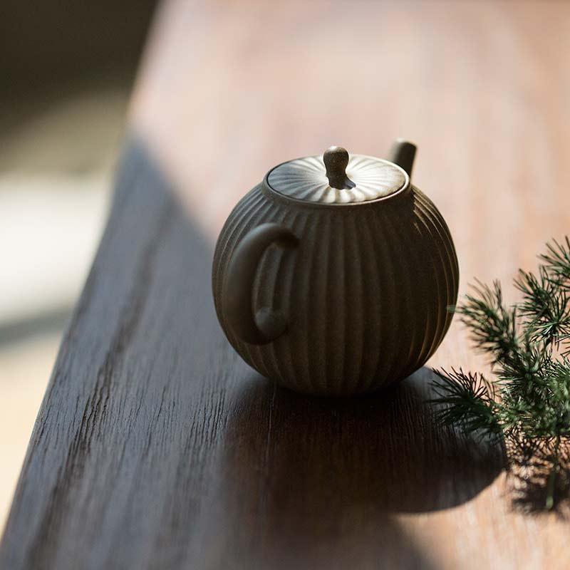 full-moon-sculpted-yixing-duanni-teapot-2