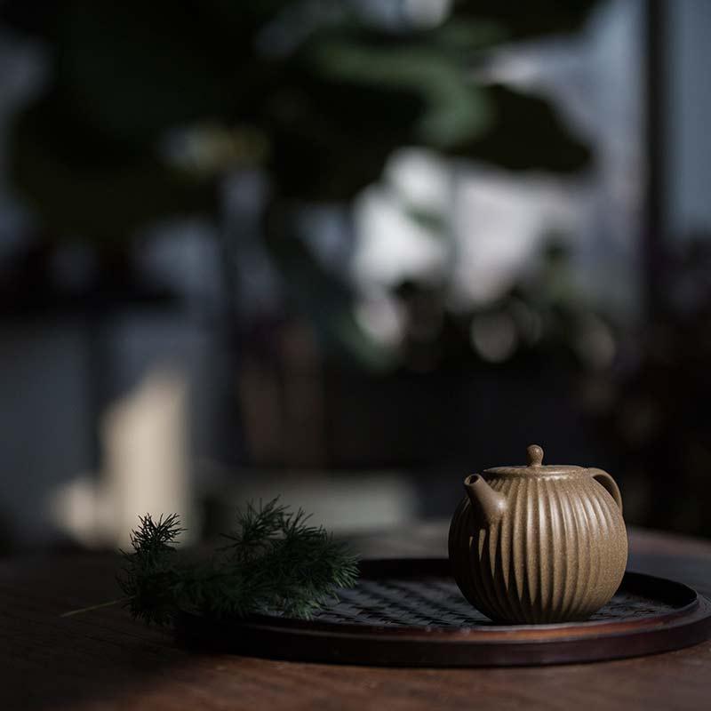 full-moon-sculpted-yixing-duanni-teapot-8