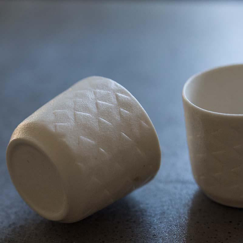 papier-embossed-teacup-7