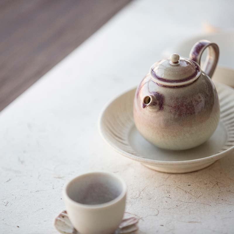 1001-teapots-172-02