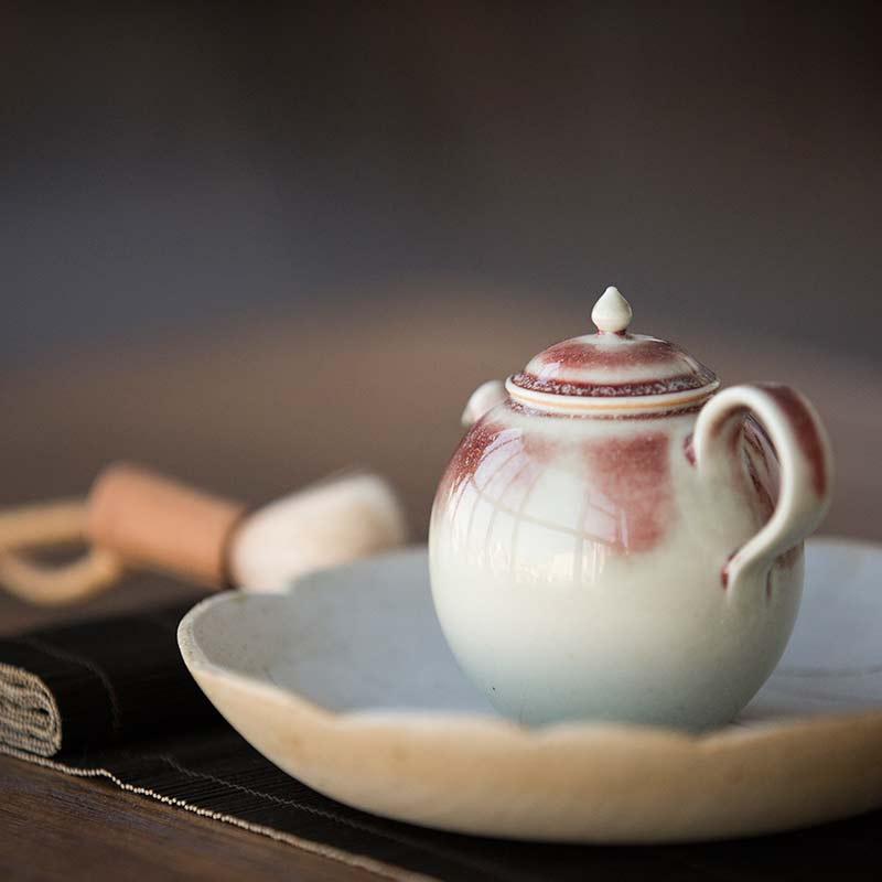 1001-teapots-174-04