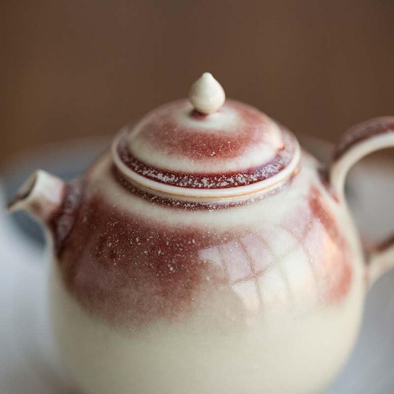 1001-teapots-174-08