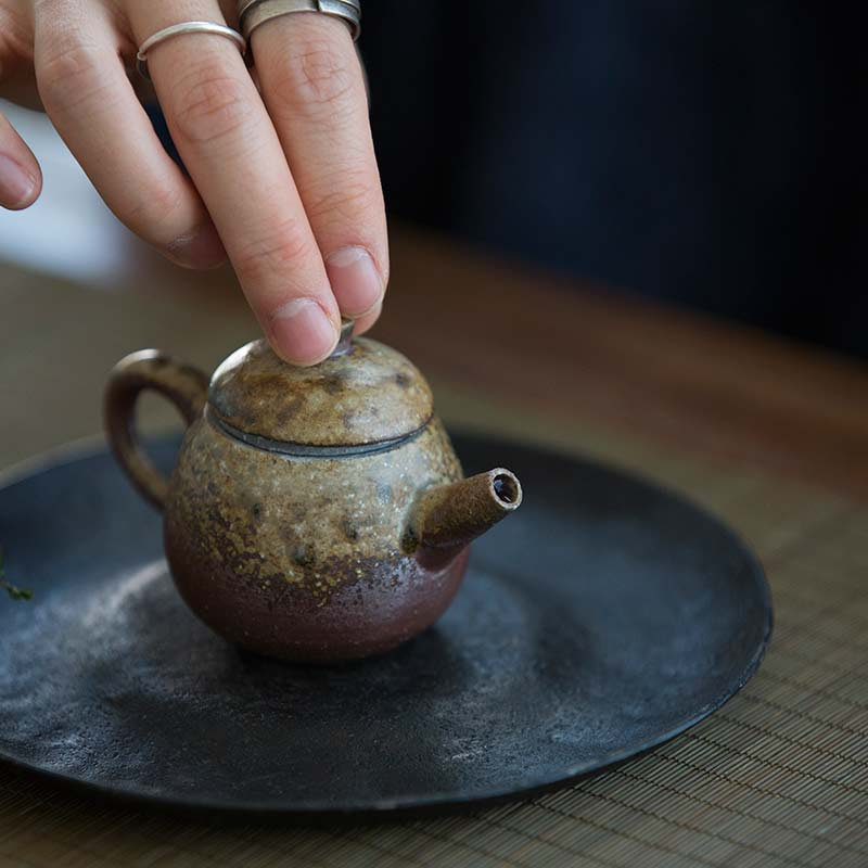 sublime-wood-fired-teapot-yu-12