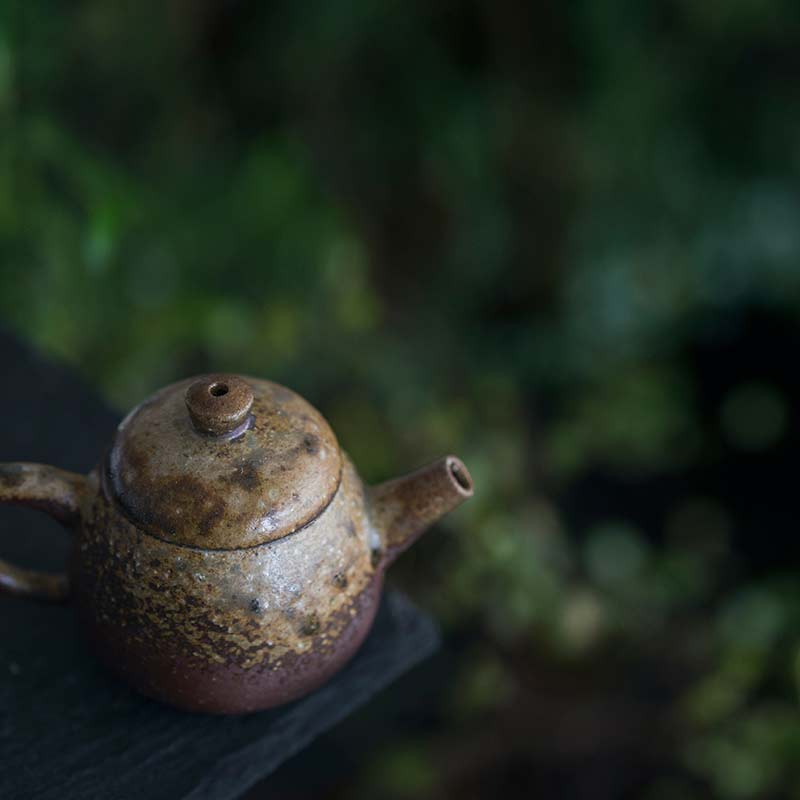 sublime-wood-fired-teapot-yu-2