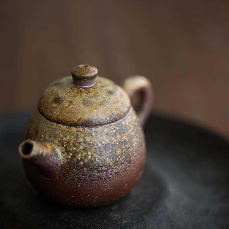sublime-wood-fired-teapot-yu-4