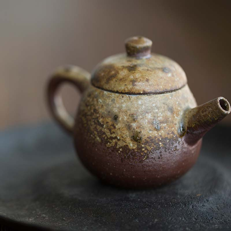 sublime-wood-fired-teapot-yu-9