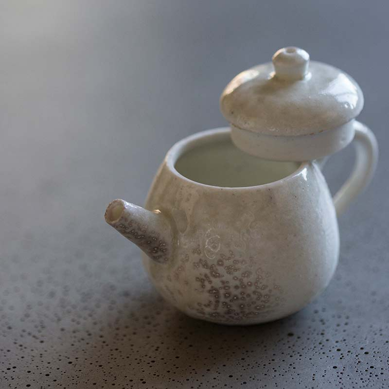 sublime-wood-fired-teapot-yue-12