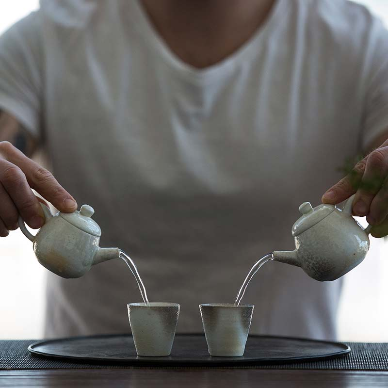 sublime-wood-fired-teapot-yue-2