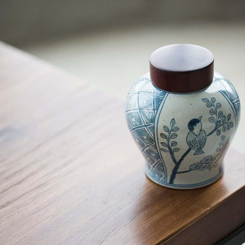 Vault Tea Jar (Wooden Lid)