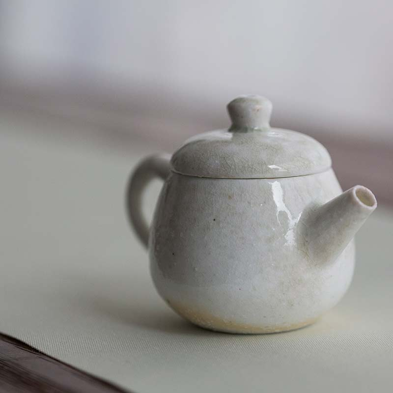 sublime-wood-fired-teapot-wu-1