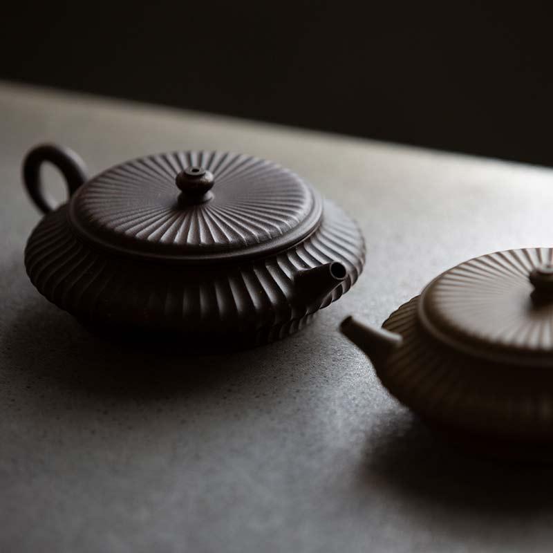 Bian Sculpted Yixing Zini & Duanni Teapot