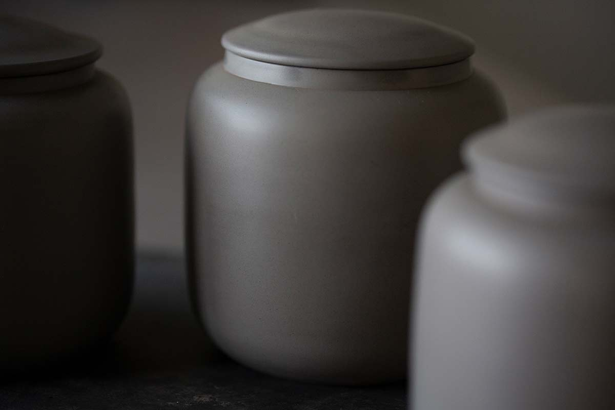 Nuages Jianshui Zitao Tea Jar